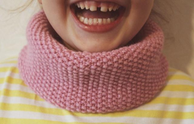 Детский снуд спицами: схема для начинающих