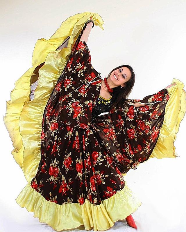 теплая вещь смотреть фото костюм цыганки спальни