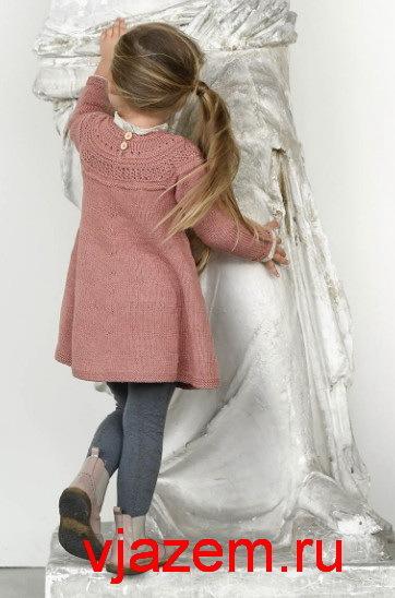 Туника для девочки спицами: делаем с круглой кокеткой