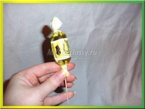 Ёжик из конфет: мастер класс с фото