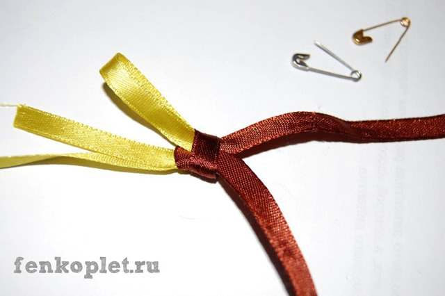 Плетение из ленточек: схемы плетения и мастер класс фенечки