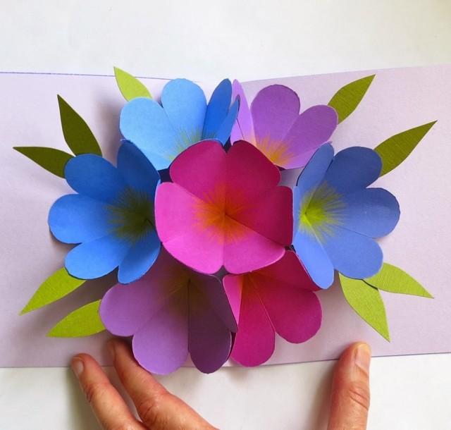 годы букет цветов из цветной бумаги своими руками живых