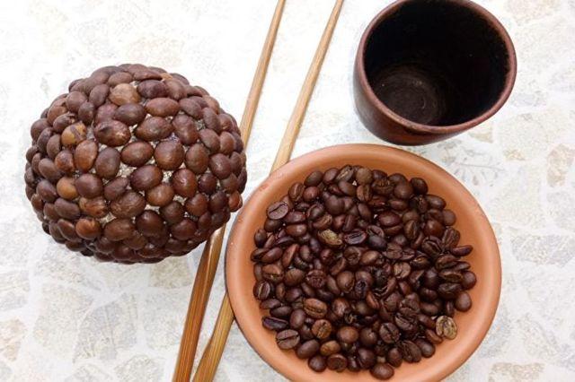 Топиарий из кофе: фото-подборка прилагается
