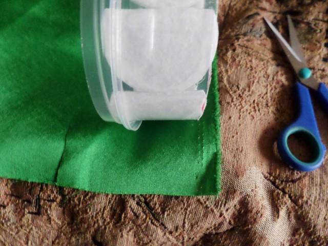 Кукла-шкатулка своими руками: мастер-класс из пластиковой бутылки, из майонезного ведра, из газетных трубочек