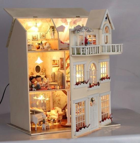 Кукольный домик из картона своими руками: чертежи с видео-подборкой