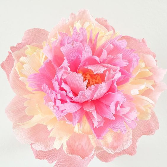 Цветы из салфеток своими руками: фото и пошаговая инструкция