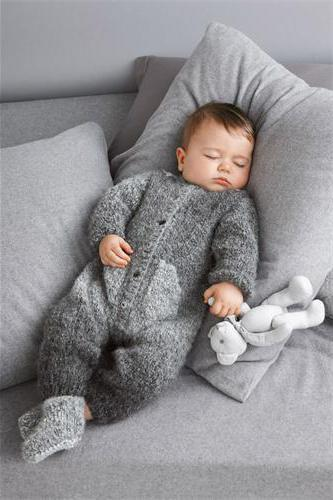 Вязание комбинезона для новорожденного на спицах: схемы и описание